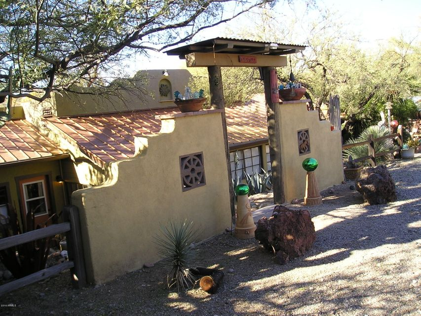 28507 W US HIGHWAY 60 Highway, Wickenburg, AZ 85390