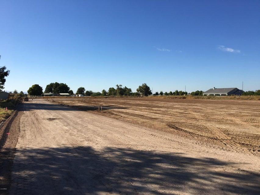 00 E Twin Acres Court, Gilbert, AZ 85298
