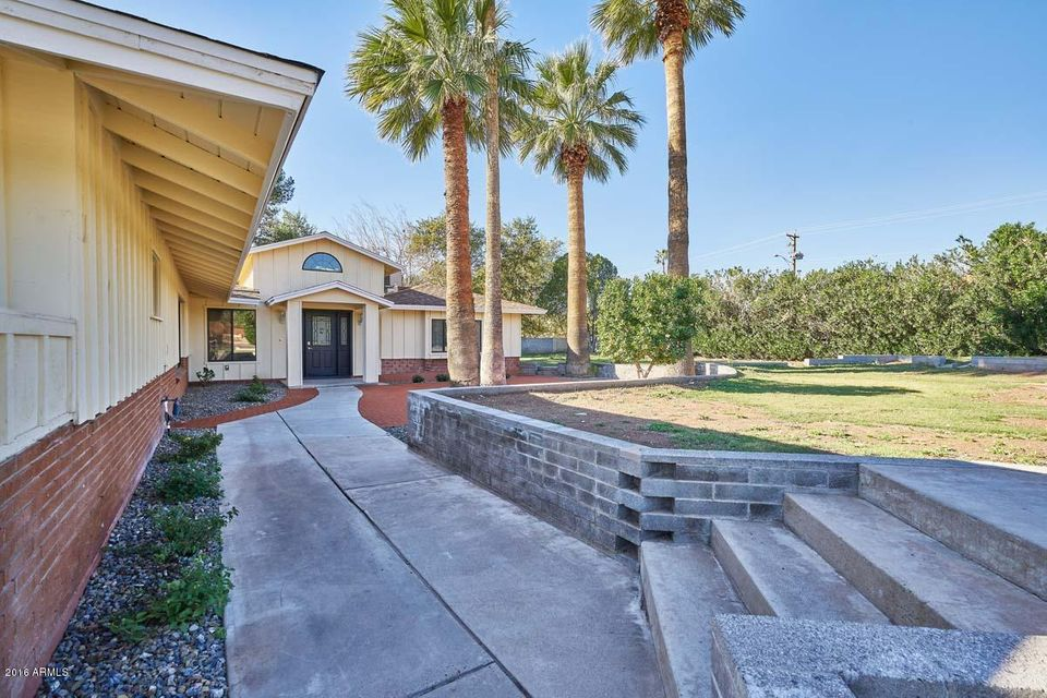 4950 N 46TH Street, Phoenix, AZ 85018