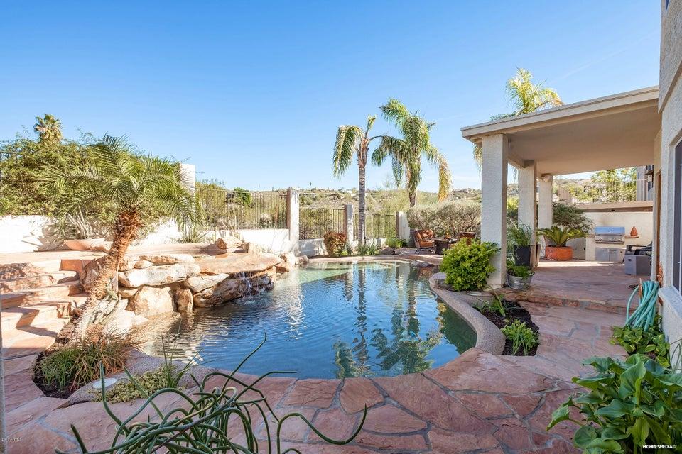 1302 E VOLTAIRE Avenue, Phoenix, AZ 85022