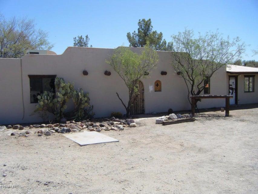 520 W VIA SOLANA Drive, Wickenburg, AZ 85390