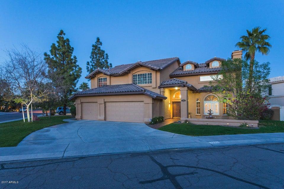 3602 E WOODLAND Drive, Phoenix, AZ 85048