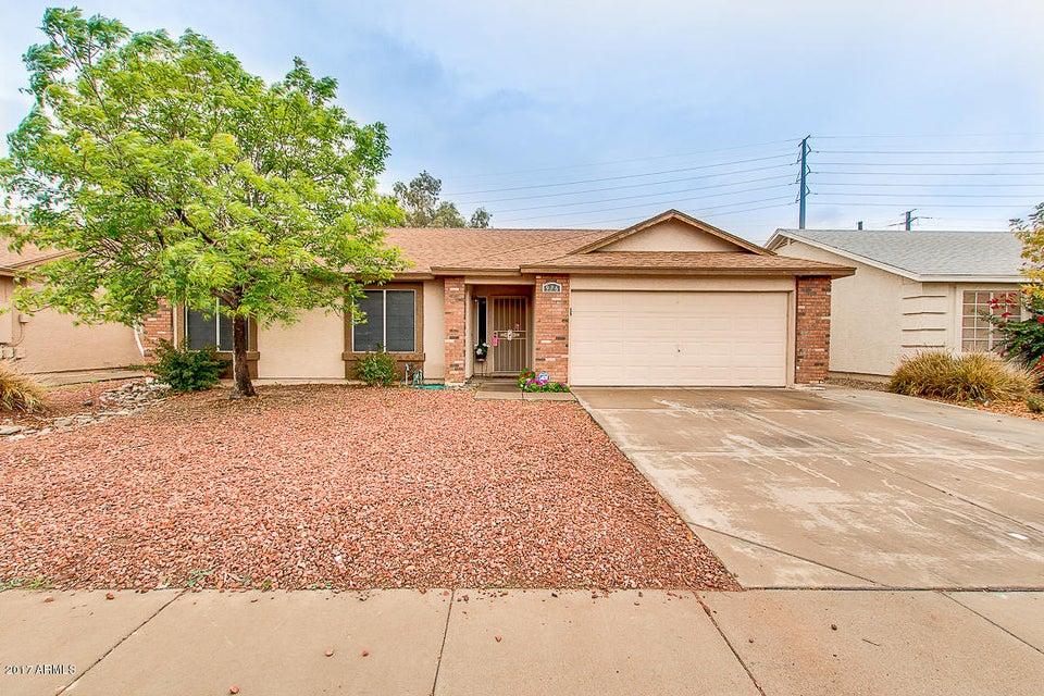 976 S WANDA Drive, Gilbert, AZ 85296