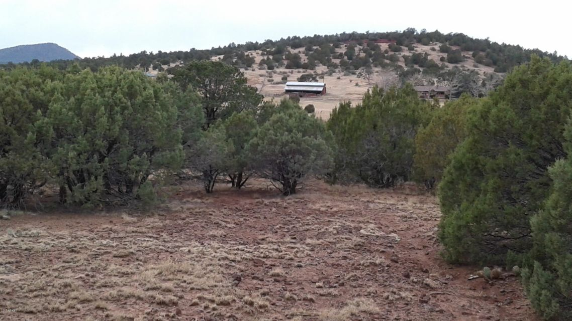 028H ACR 3555 (2 Acres) Parcel 4 -- Lot 028H TBD, Vernon, AZ 85940