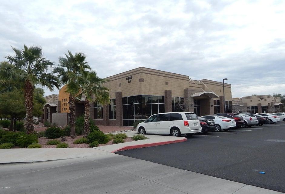 8765 W KELTON Lane, Peoria, AZ 85382