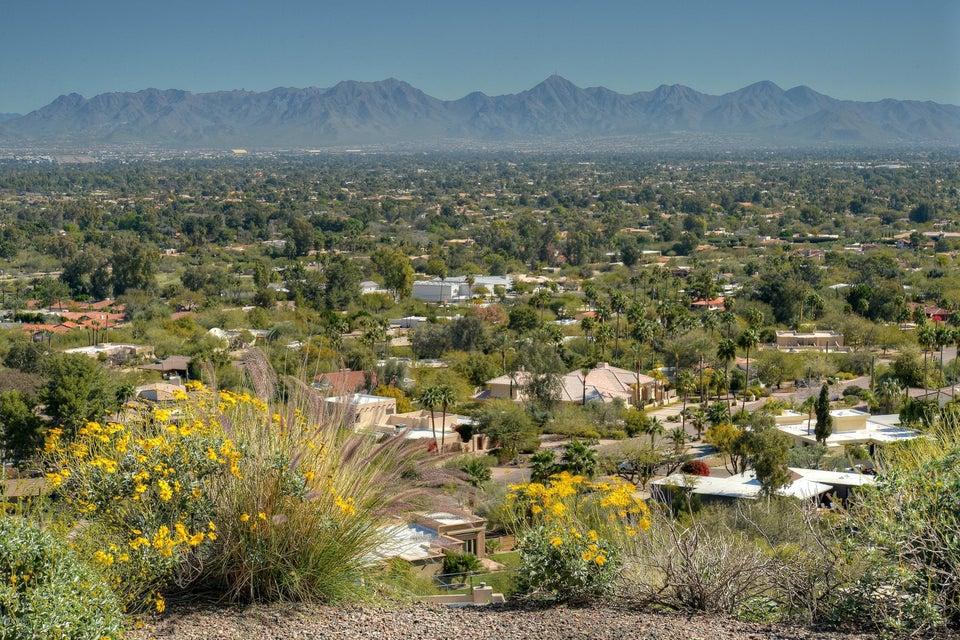 4423 E MOCKINGBIRD Lane Lot 62, Paradise Valley, AZ 85253