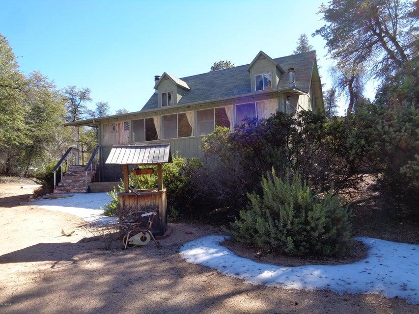 2611 N Kenwood Pass Road, Cherry, AZ 86327