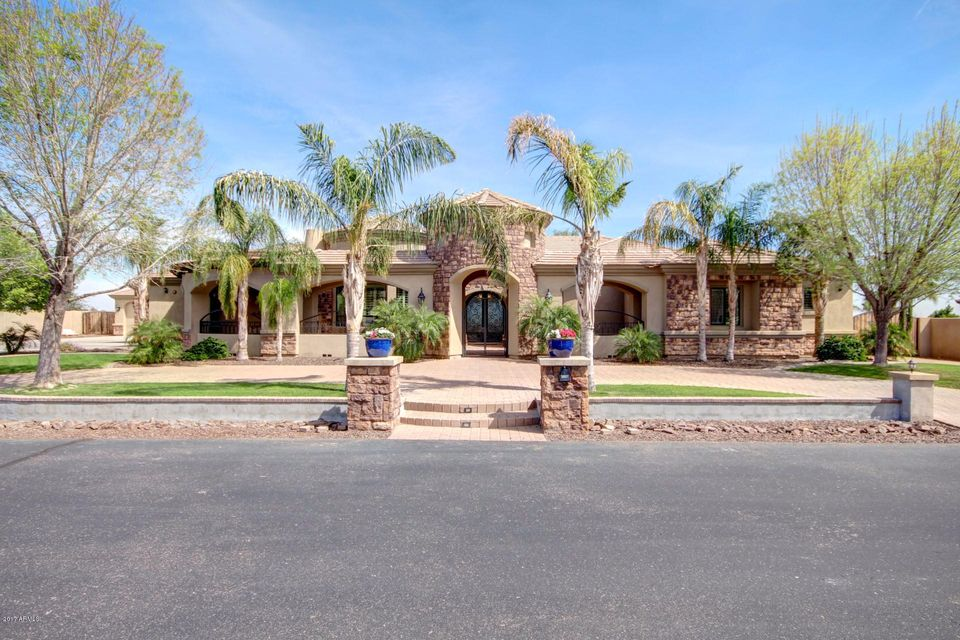 5807 N DANNYS Court, Litchfield Park, AZ 85340