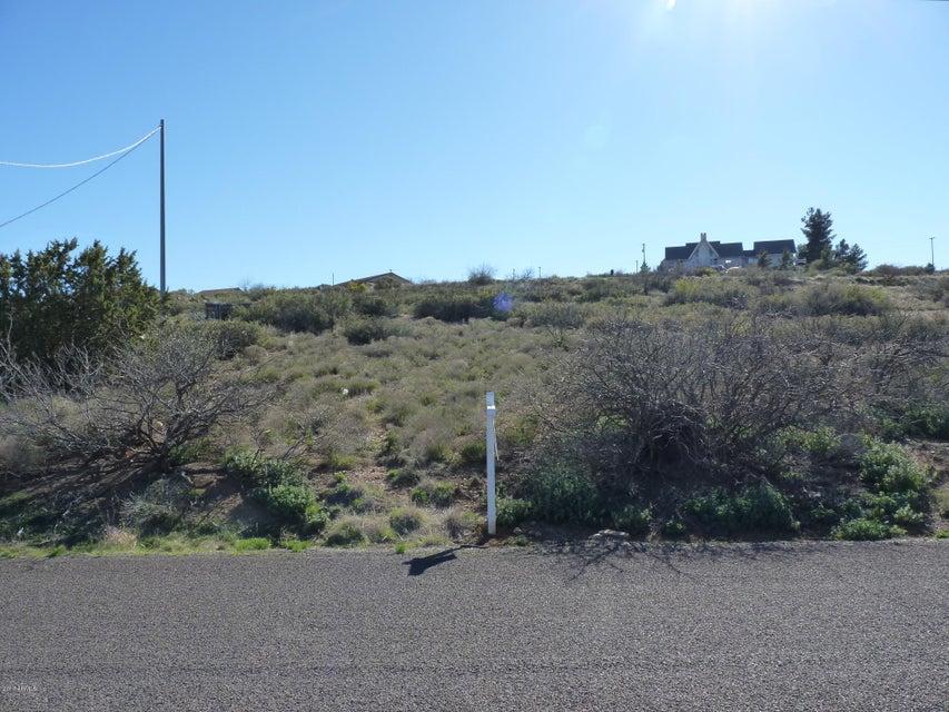 20417 E FOOTHILL Drive, Mayer, AZ 86333