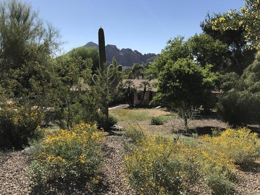4329 E HIGHLANDS Drive, Paradise Valley, AZ 85253