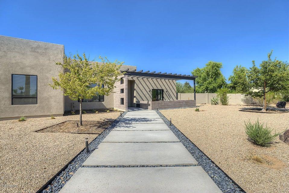 6712 E Onyx Avenue, Paradise Valley, AZ 85253