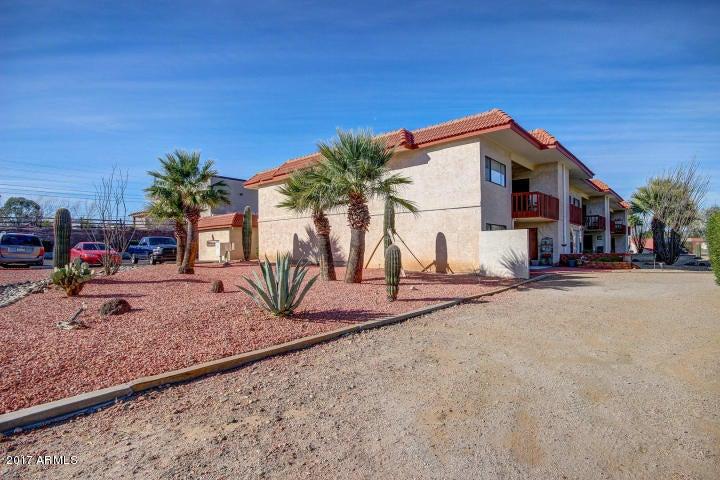 100 N VULTURE MINE Road 105, Wickenburg, AZ 85390