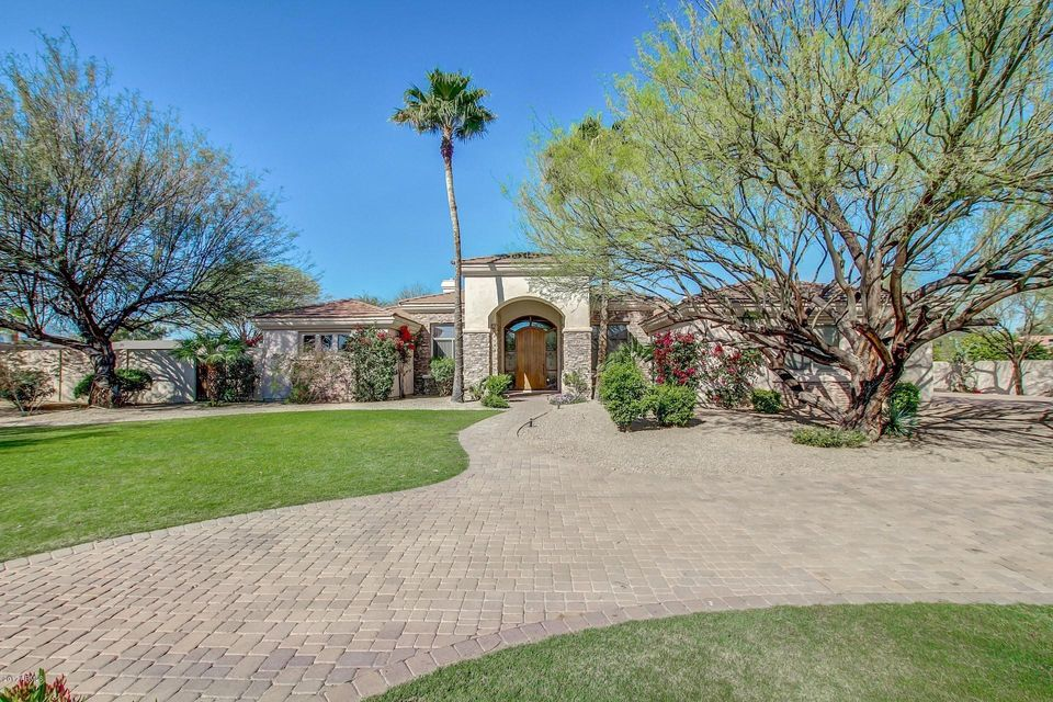 10320 N 37TH Street, Phoenix, AZ 85028