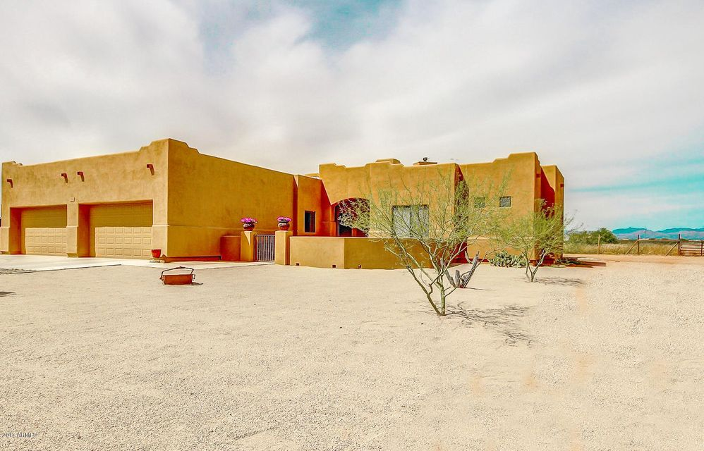 21412 W ROBERTA Drive, Wittmann, AZ 85361