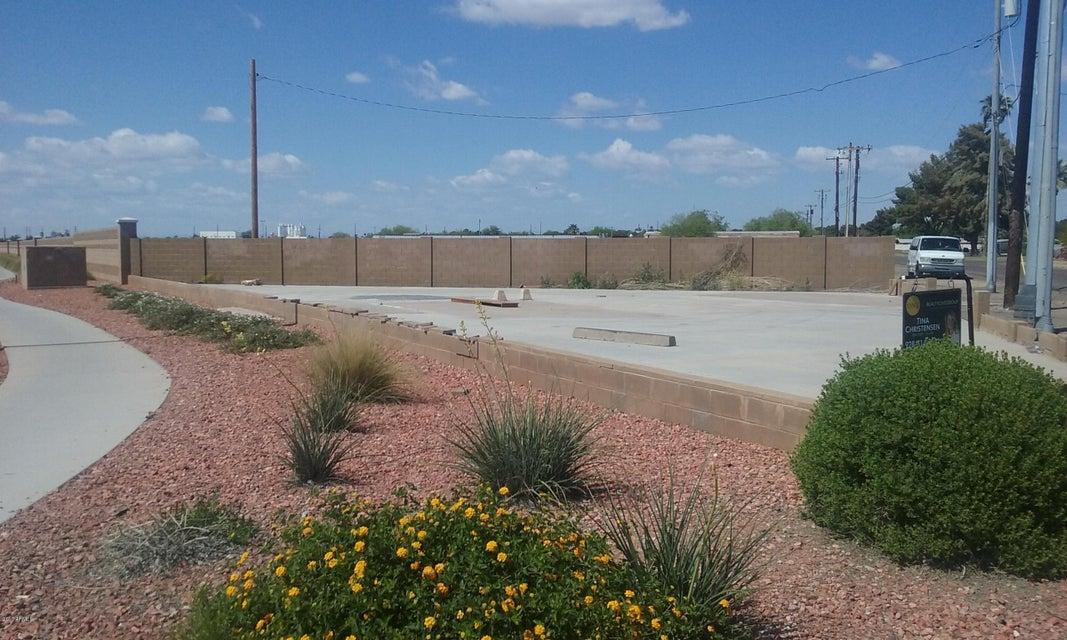6308 NW GRAND Avenue, Glendale, AZ 85301