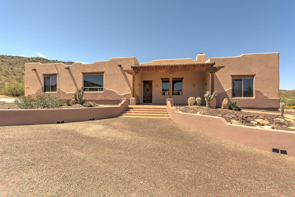 42706 N 13TH Place, New River, AZ 85087