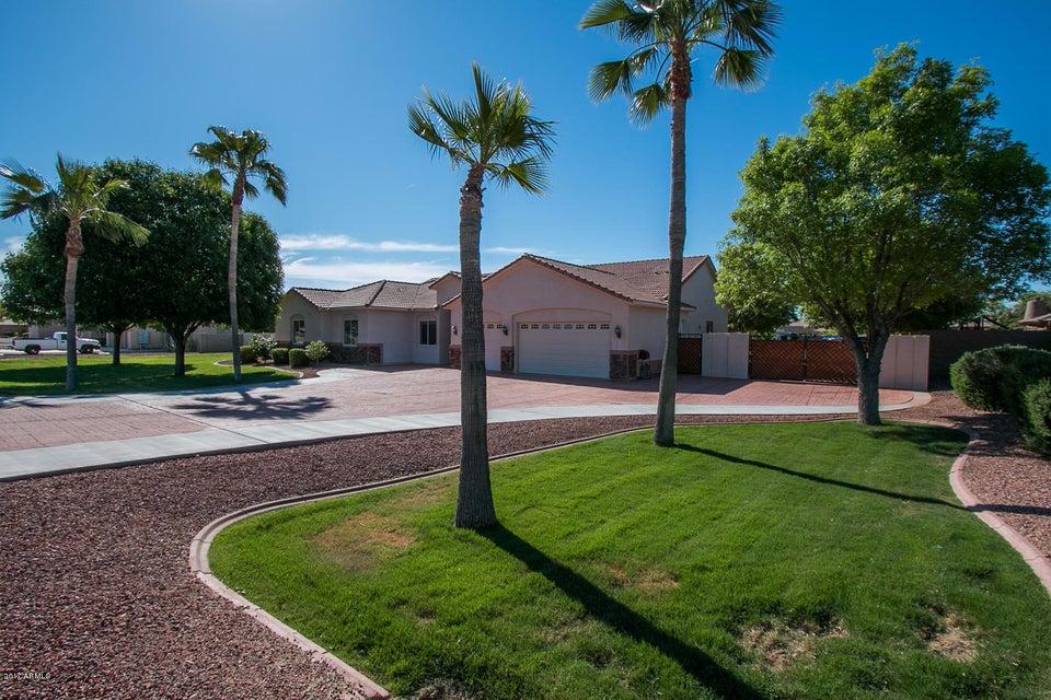 18429 W BETHANY HOME Road, Litchfield Park, AZ 85340