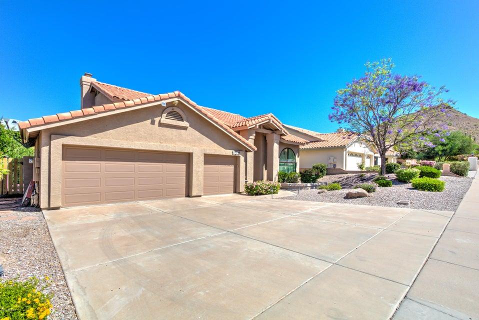 1102 E FOREST HILLS Drive, Phoenix, AZ 85022