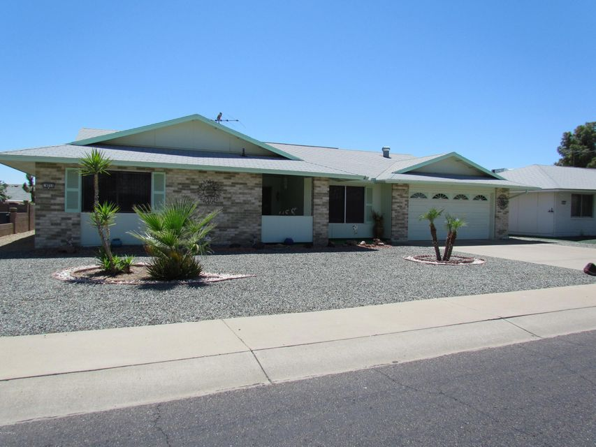 9711 W ALABAMA Avenue, Sun City, AZ 85351