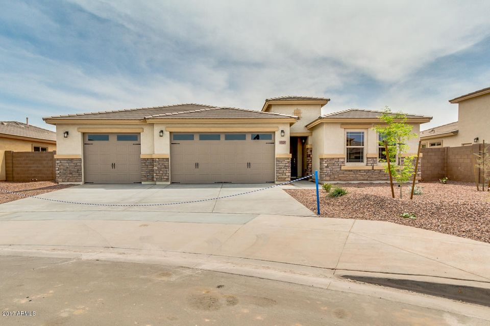 10629 W PINCHOT Avenue, Avondale, AZ 85392