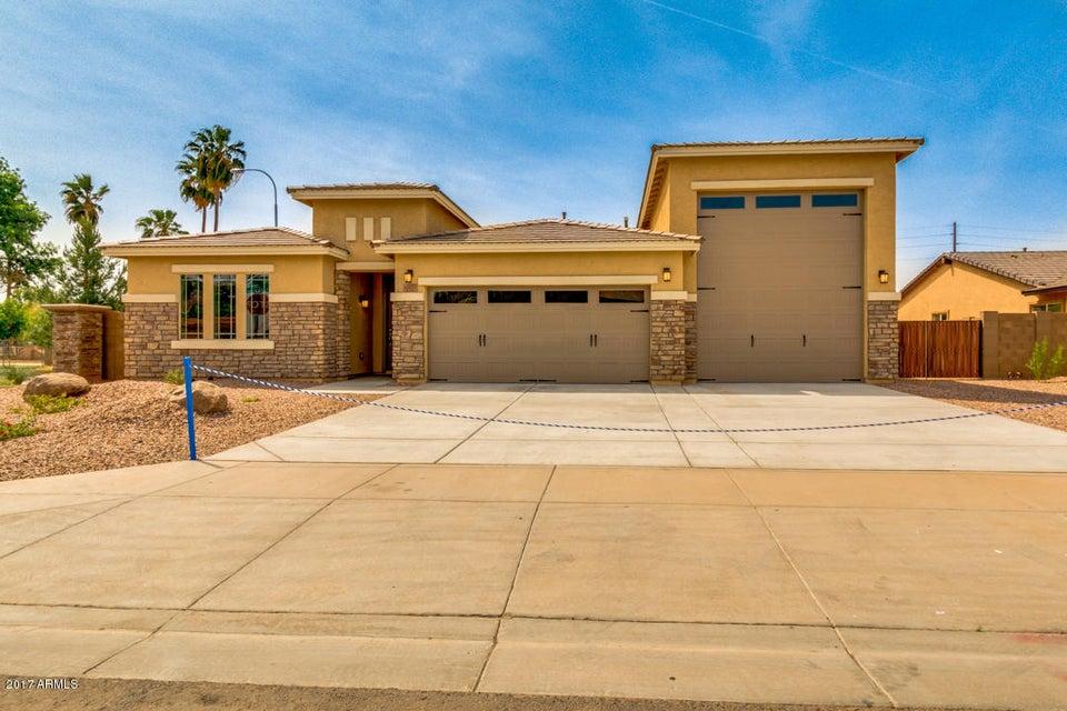10605 W Catalina Drive