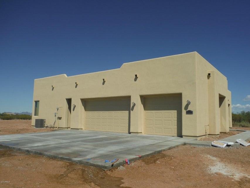 22639 W Laura Street, Wittmann, AZ 85361