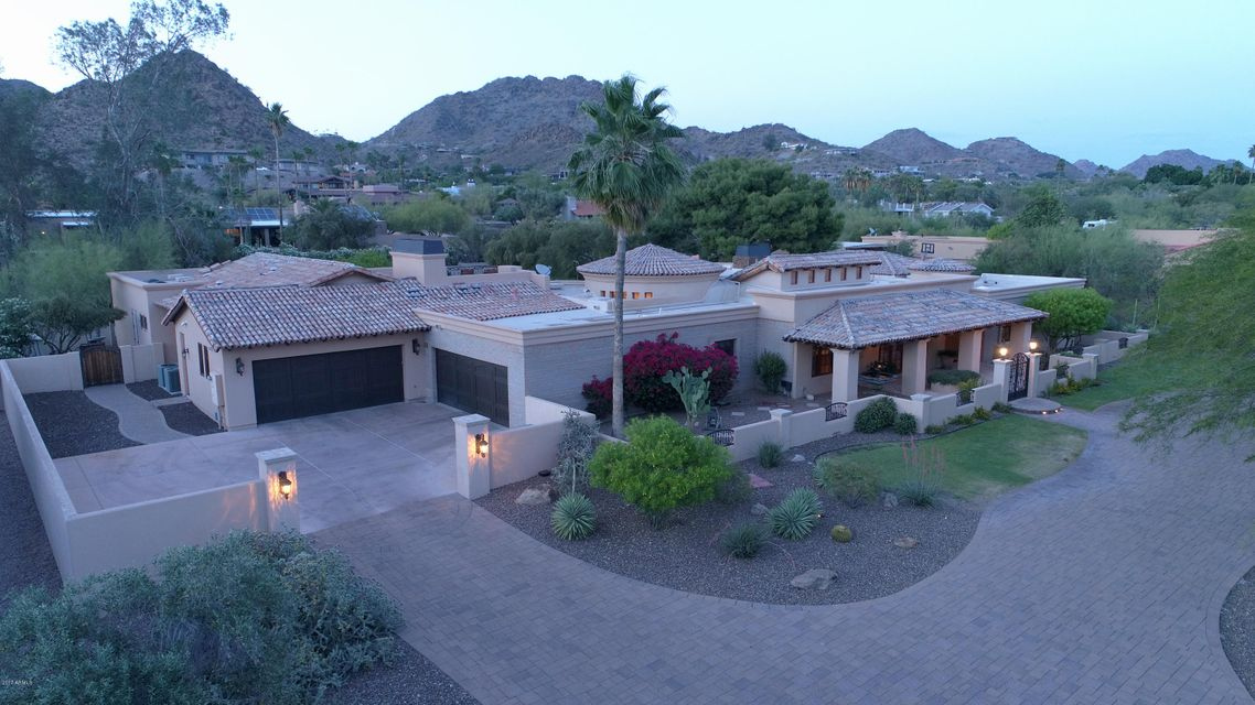 3418 E CLAREMONT Avenue, Paradise Valley, AZ 85253