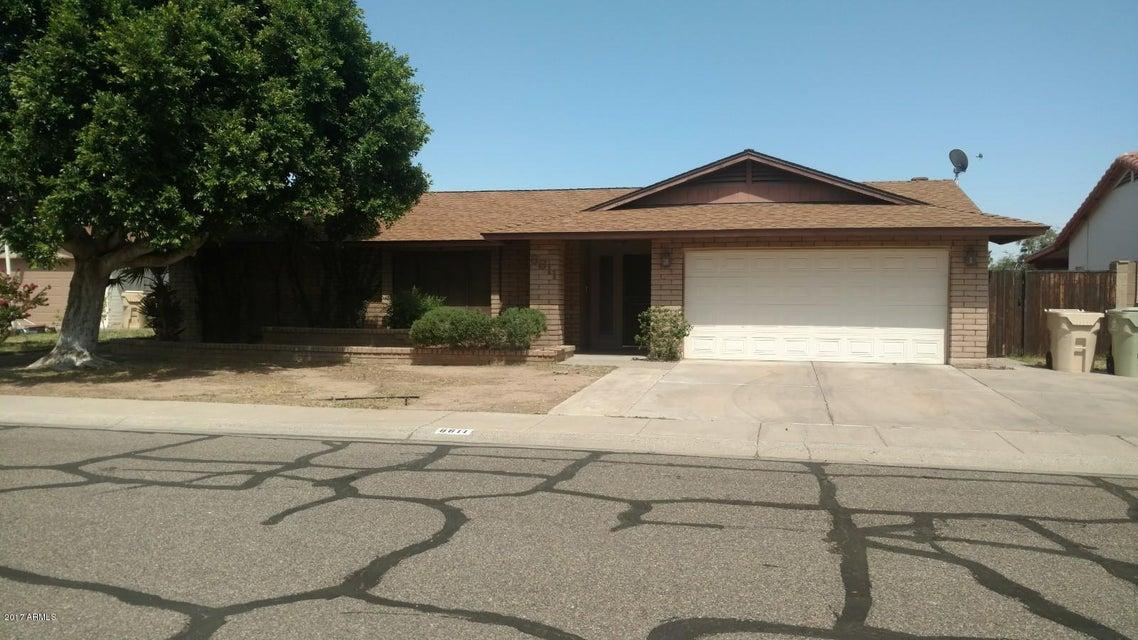 8611 N 43RD Drive, Glendale, AZ 85302