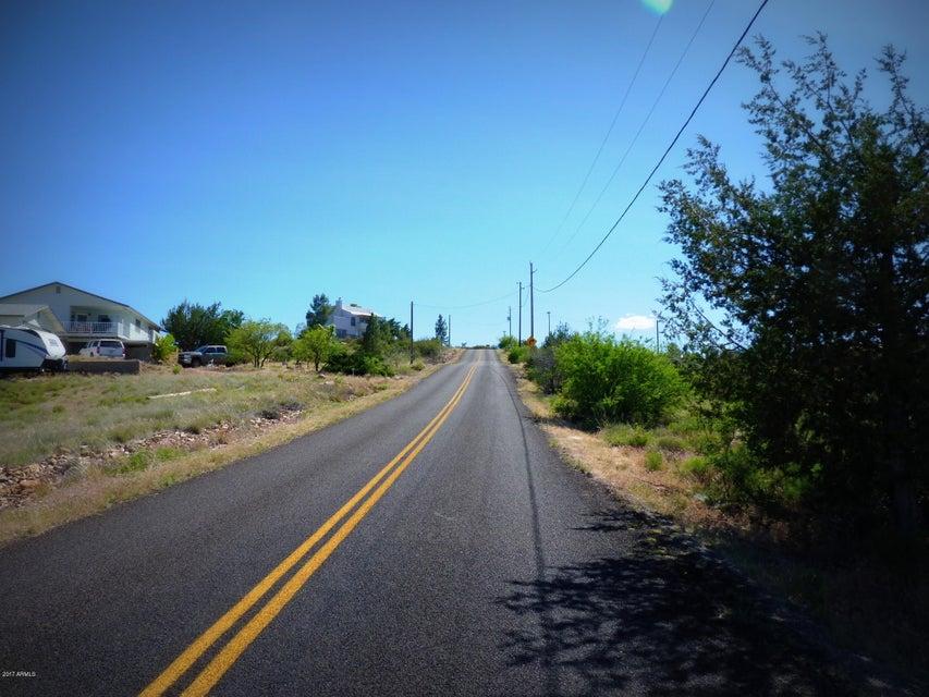 16893 S King Drive, Cordes Lakes, AZ 86333