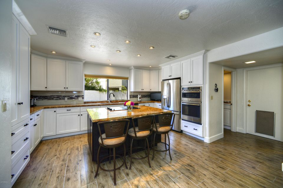 10028 N 55TH Place, Paradise Valley, AZ 85253