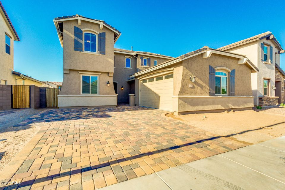 119 E HORSESHOE Drive, Chandler, AZ 85249