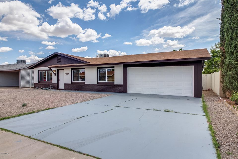 3839 W CARIBBEAN Lane, Phoenix, AZ 85053