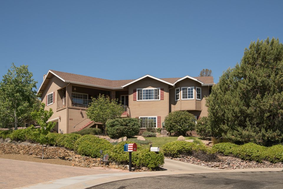 201 MICHAEL Circle, Prescott, AZ 86301