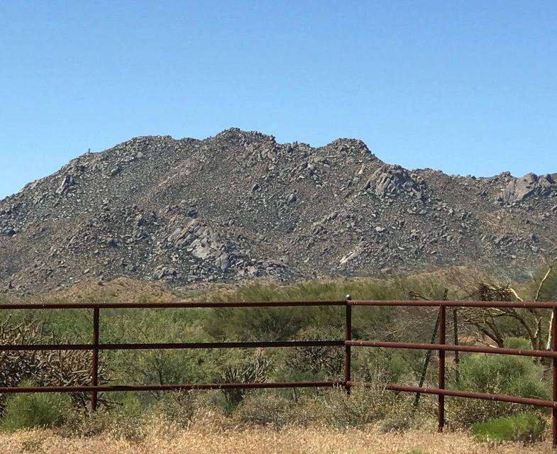 13851 E CAVEDALE Drive, Scottsdale, AZ 85262