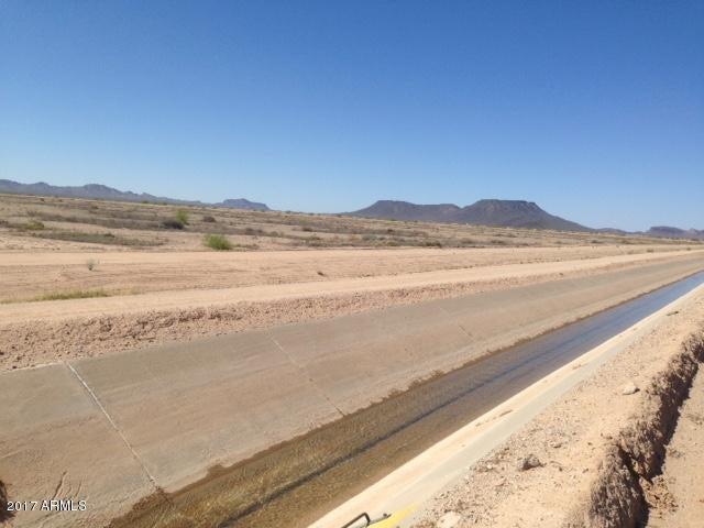 52500 W Dobbins Road, Tonopah, AZ 85354