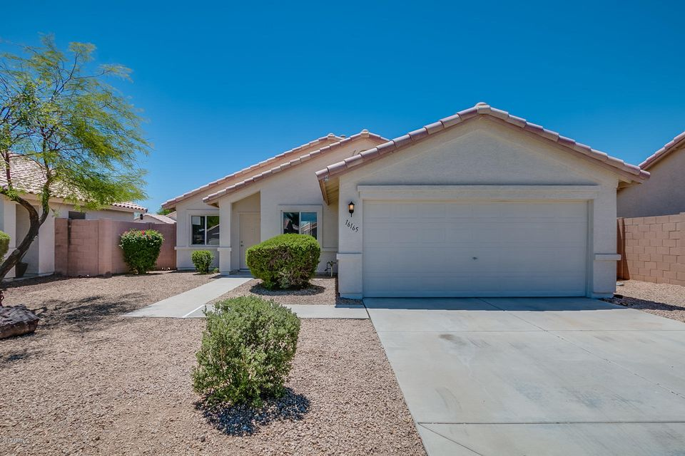 16165 W LINCOLN Street, Goodyear, AZ 85338