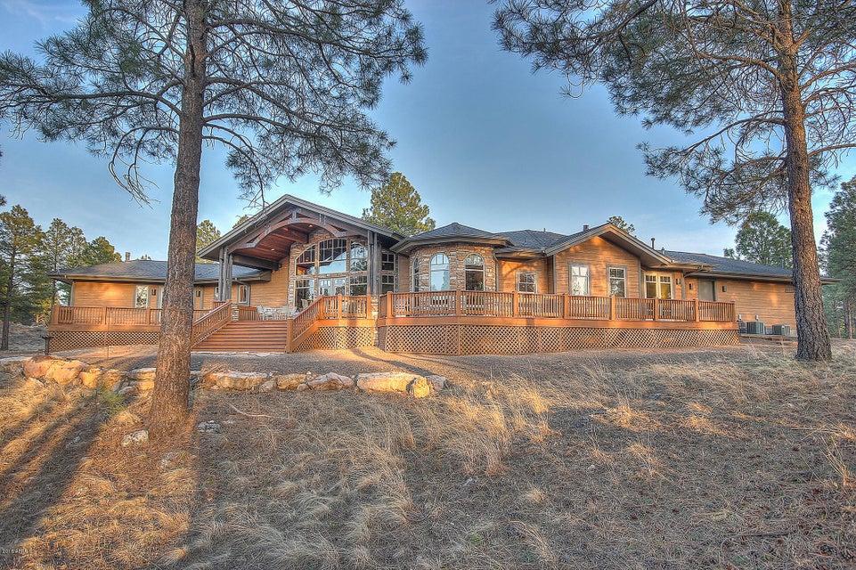 40 N LAKE HILLS Drive, Flagstaff, AZ 86004
