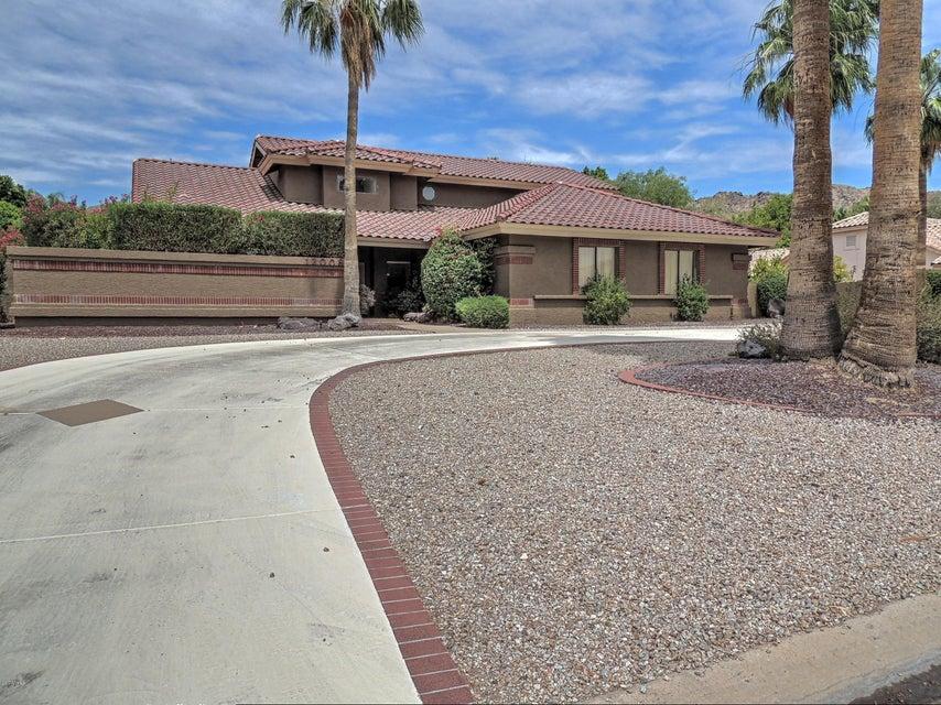 12008 S WARPAINT Drive, Phoenix, AZ 85044