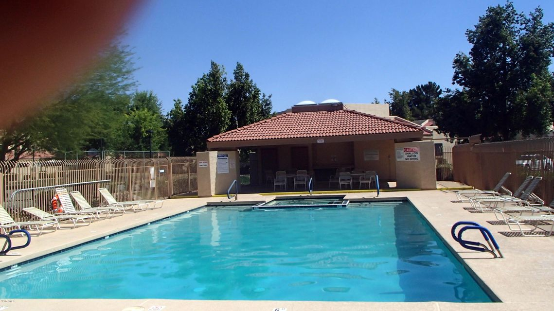 4797 W NEW WORLD Drive, Glendale, AZ 85302