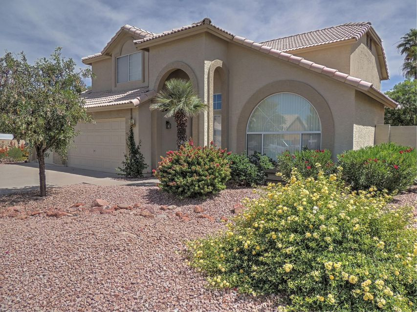 4237 E ROCKLEDGE Road, Phoenix, AZ 85044