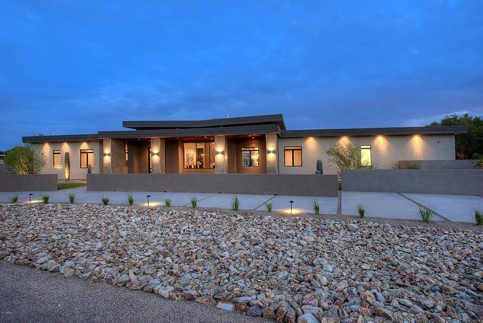 6701 E Fanfol Drive, Paradise Valley, AZ 85253