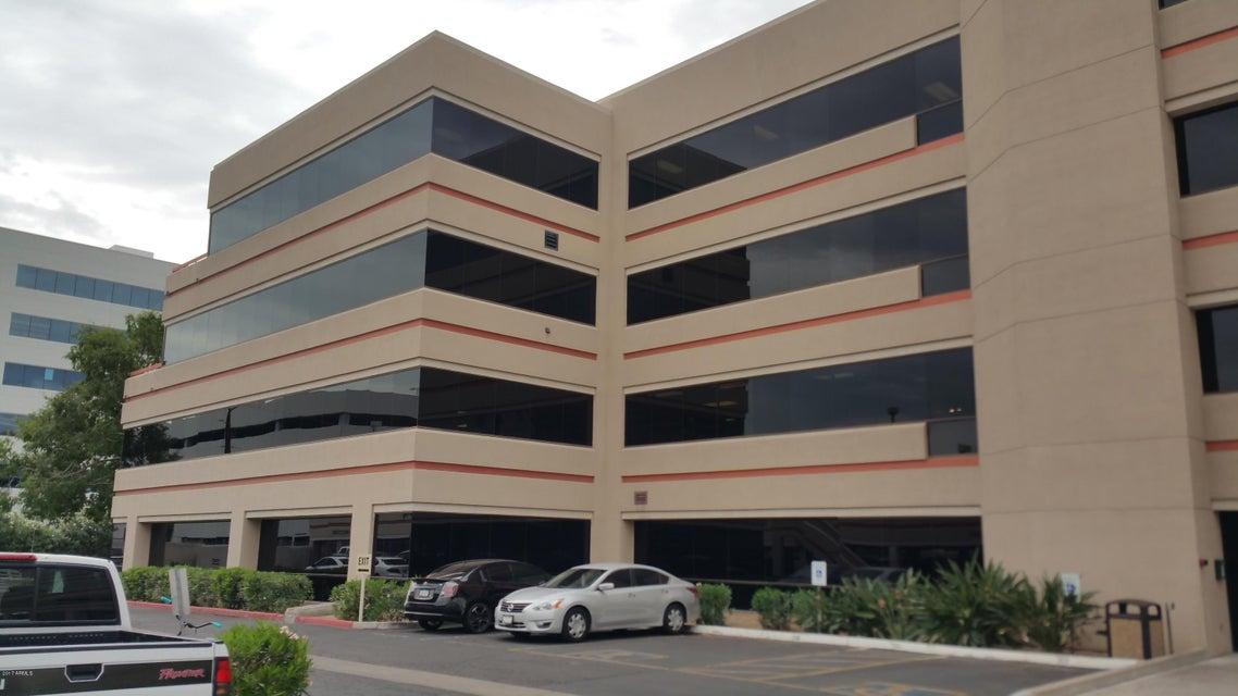 202 E EARLL Drive 425-B, Phoenix, AZ 85012