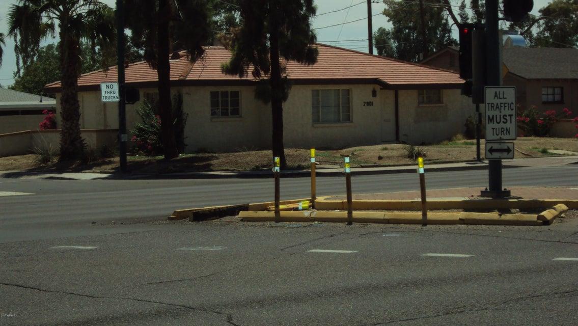 2901 W Dunlap Avenue, Phoenix, AZ 85051
