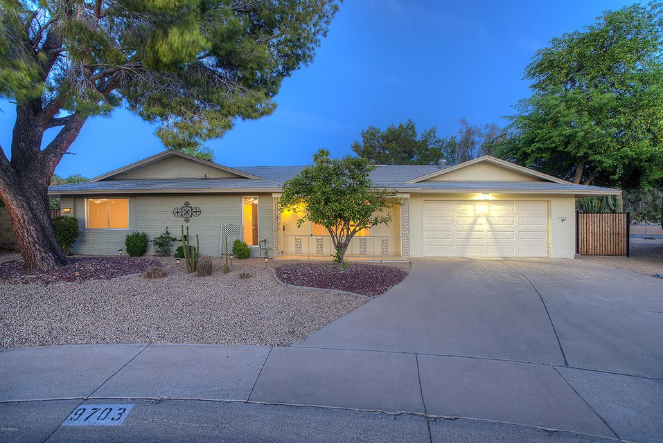 9703 W HAWTHORN Court, Sun City, AZ 85351