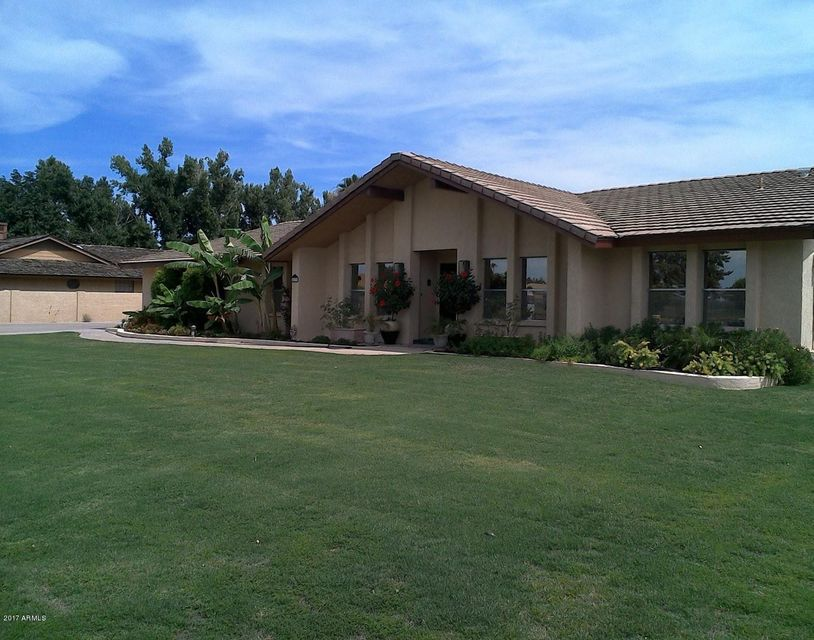 5239 W CINNABAR Avenue, Glendale, AZ 85302