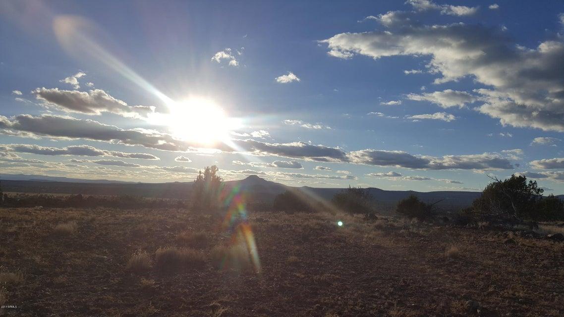 6871 W Grand Vista Ranch Road Lot 36, Ash Fork, AZ 86320