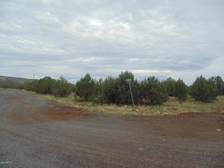4298 N LORE Way Lot 395, Ash Fork, AZ 86320