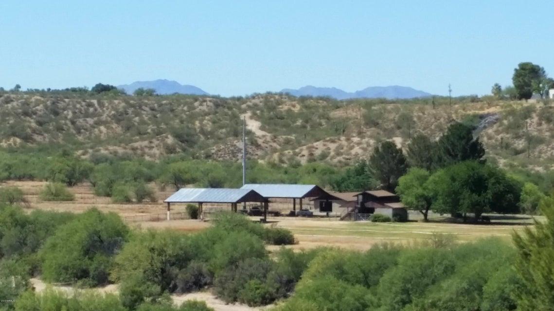 710 SUNFLOWER Avenue, Wickenburg, AZ 85390