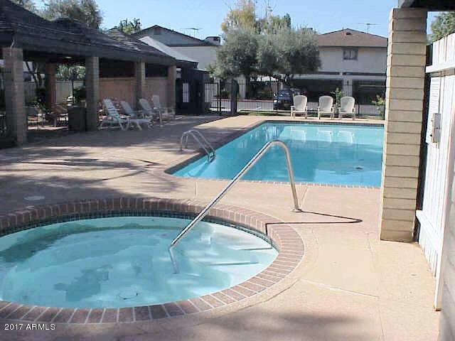 286 W PALOMINO Drive 68, Chandler, AZ 85225
