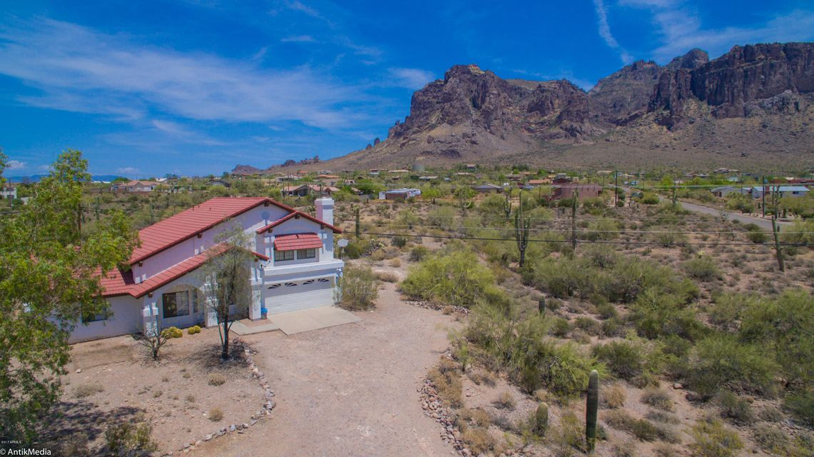5556 E SINGLETREE Street, Apache Junction, AZ 85119